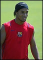 Dans quel club joue Ronaldinho ?