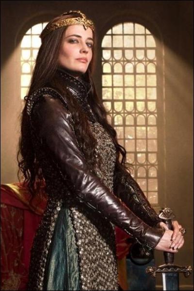 En 2011, Eva Green joue le rôle de la fée Morgane dans la série TV...