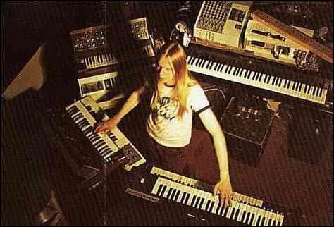 Dans quel album peut-on entendre le morceau  Cans and Brahms  du groupe Yes, interprété par le clavier Rick Wakeman ?
