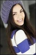Comment s'appelle la jolie fille qui est sortie avec PJ et Spencer ?