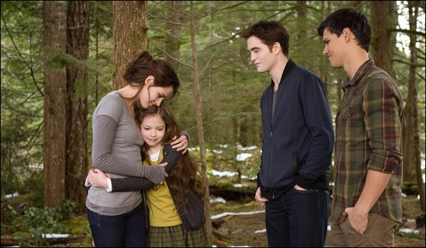 À la fin de la vision d'Aro, que font les Cullen ?