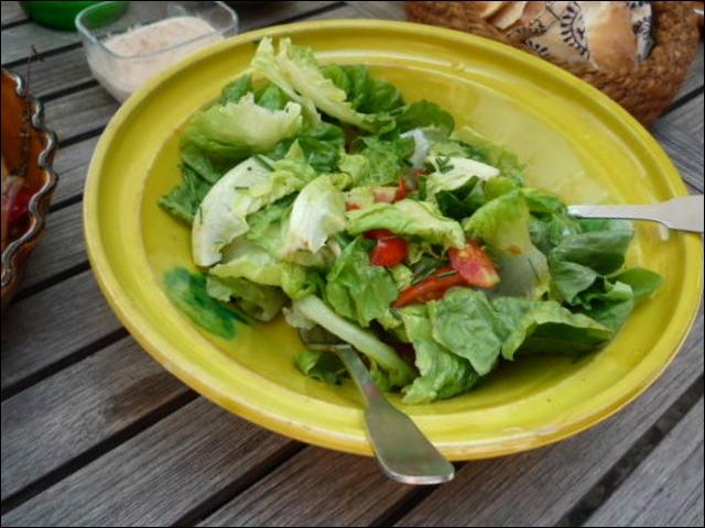 Quizz connaissances autour de la table et de la gastronomie quiz gastronomie - Pourquoi on ne coupe pas la salade ...