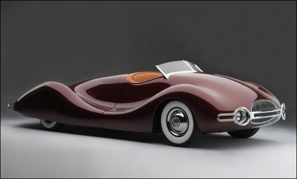 Quelle est la marque de cette voiture qui paraît extraterreste ?