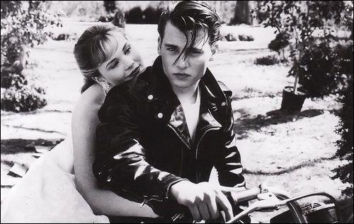 Dans quel film voyez-vous ce couple réunissant Johnny Depp et Amy Locane ?