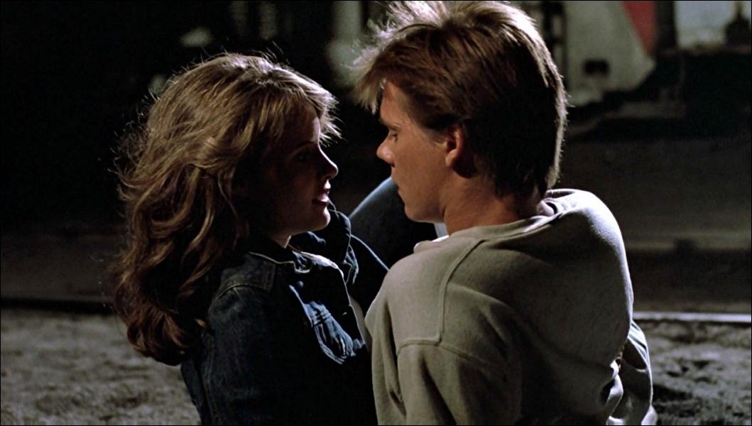 Dans quel film voyez-vous ce couple réunissant Kevin Bacon et Lori Singer ?