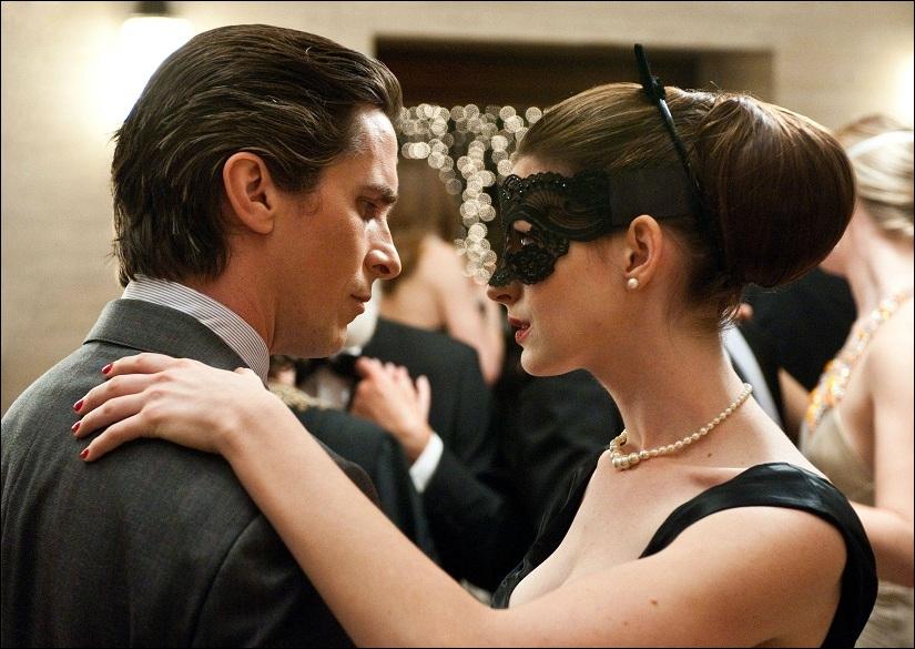 Dans quel film voyez-vous ce couple réunissant Christian Bale et Anne Hathaway ?