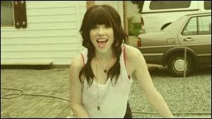 Quel est ce clip très populaire de Carly Rae Jepsen ?