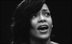 Comment se nomme la chanson de ce clip chantée par Rihanna ?