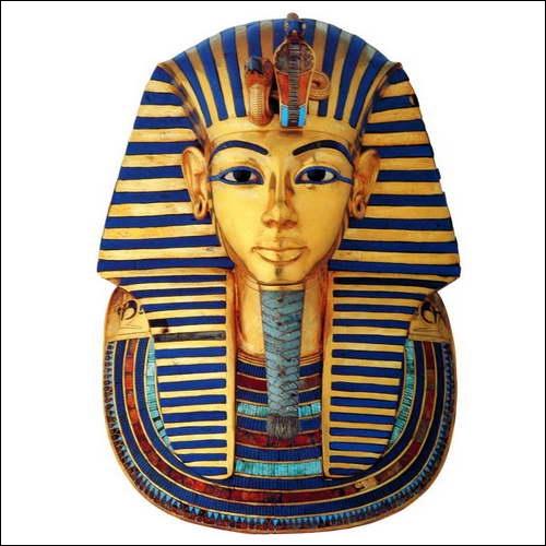 Quel pharaon n'a vécu que 20 ans ?