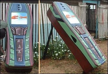 Voici le cercueil cellulaire; où auriez-vous pu admirer ce cercueil en France récemment ?