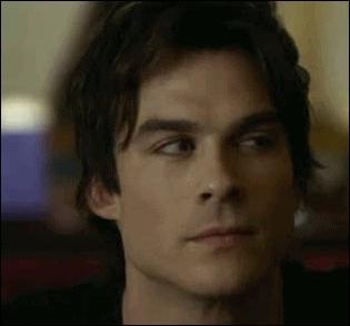 Que lui annonce Katherine quand elle revient à Mystic Falls ?