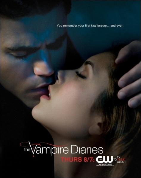 Saison 4 - Elena est devenue vampire grâce au sang de :