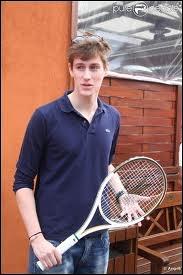 A quel âge a-t-il commencé à jouer au tennis ?