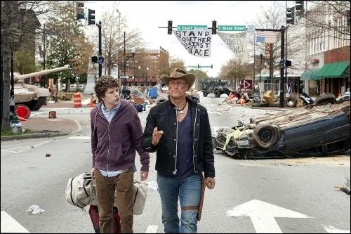 Une comédie horrifique américaine avec Woody Harrelson et Jesse Eisenberg :
