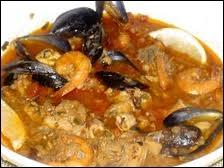 Pour ne pas quitter l'Italie, voici un ragoût de poissons. On pense aujourd'hui qu'il est le précurseur de la bouillabaisse. Quoi qu'il en soit, il est certainement son cousin le plus proche. Il s'agit de …