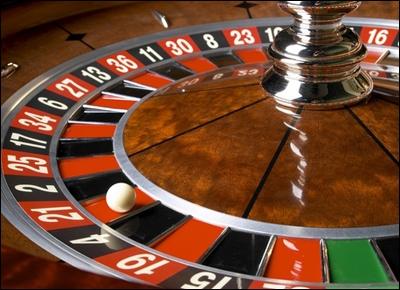 un croupier peut il jouer au casino