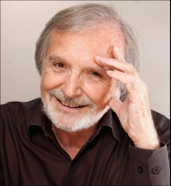 Après des débuts de musicien, il débute au cinéma en 1971 dans un film de Philippe Clair   La grande Java   ... .