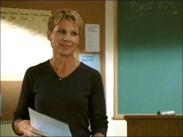 Maggie Walsh est prof de...