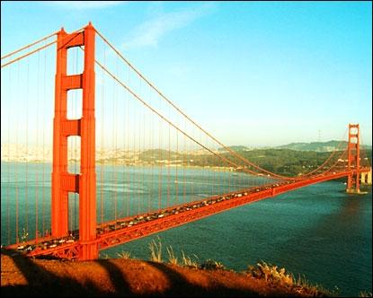 Dans quel Etat se trouve le Golden Gate Bridge ?
