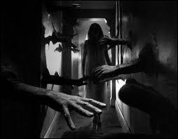Qui sombre dans la psychose dans le film  Répulsion  de Roman Polanski ?