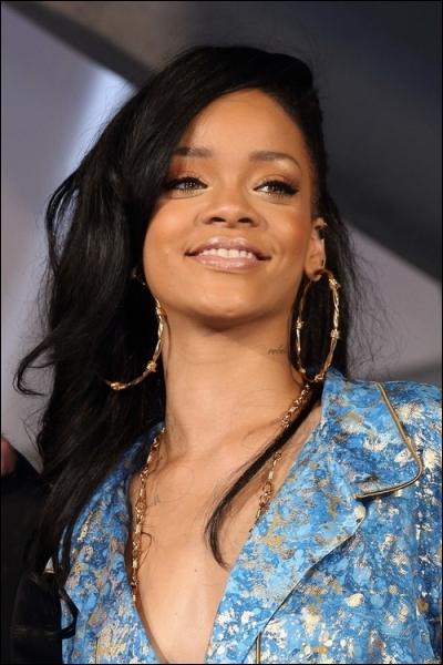 Quelle est la chanson la plus récente de Rihanna ? (2013)