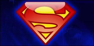 Qui se prend pour Superman dans les Vidéos Diaries ?