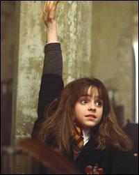 Sur cette photo, où est Hermione ?