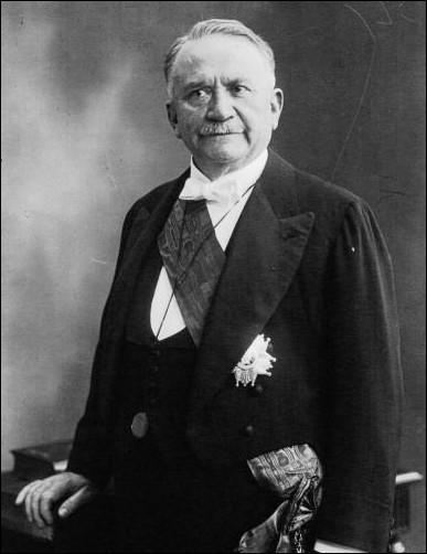Il fut le Premier président protestant