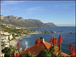 Qui a fondé la ville du Cap en 1652 ?