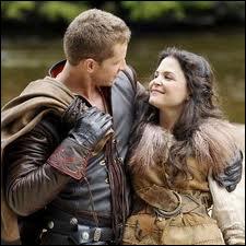Par rapport à Henry, le petit garçon qui veut  sauver  Storybrooke et le monde des contes de fée, qui sont Blanche-Neige et son Prince ?