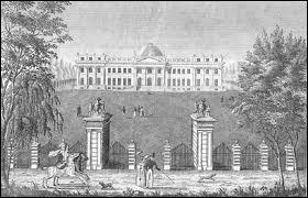 Napoléon Ier résida plusieurs fois dans un château de Belgique qu'il avait acheté lorsque les Pays-Bas autrichiens passèrent sous régime français en 1794. Lequel ?