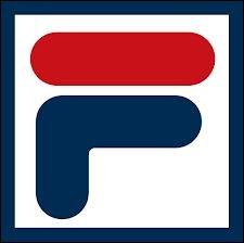 Quelle entreprise italienne fondée en 1911 a été rachetée par un groupe sud-coréen en 2003 ?