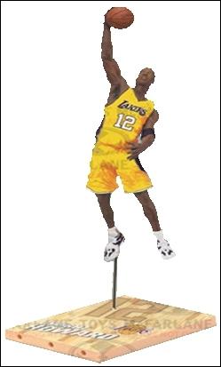 Qui est ce joueur qui joue chez les Lakers ?