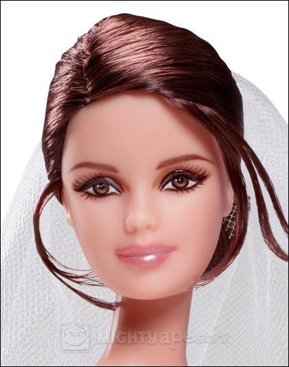 Voici Bella à l'occasion de son mariage, dont la cérémonie se tiendra... ?