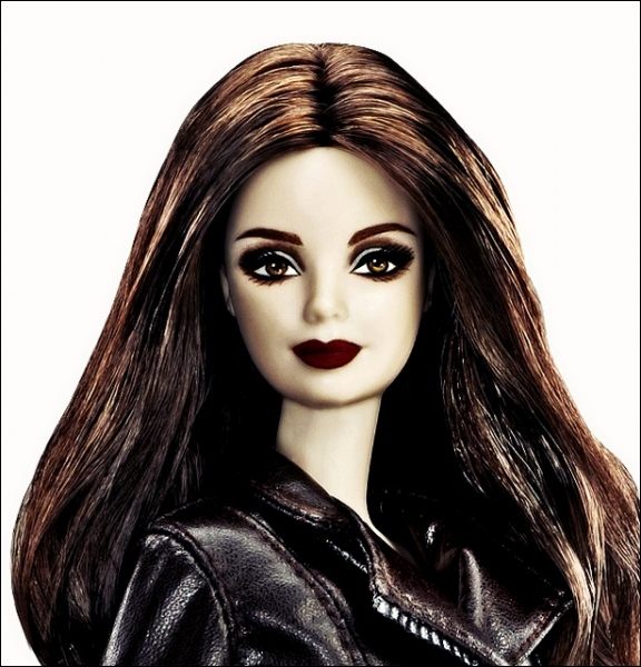 Encore une poupée représentant Bella, dont on peut dire ici... ?