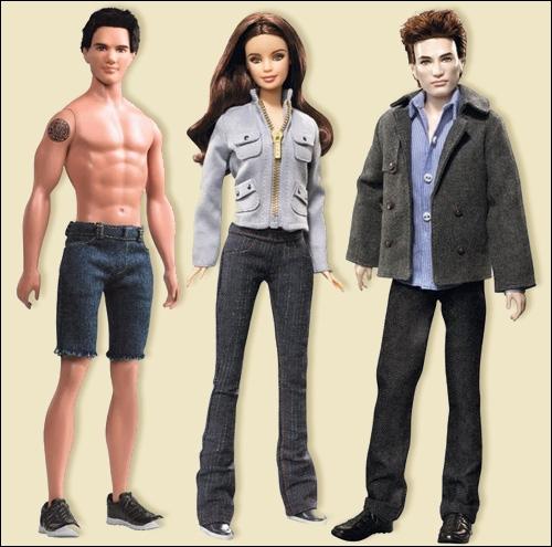 Et pour finir le quizz, le trio de héros de cette saga, Jacob, Bella et Edward. Au vu de la tenue de Jacob, on peut dire qu'il ne s'agit pas de quel film ?