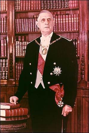 Homme de l'appel du 18 juin 1940 et chef de la France libre, Charles de Gaulle est, en 1958, le fondateur du régime de la Ve République. Quelle est la singularité de sa seconde élection en 1965 ?