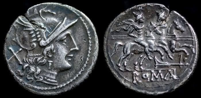 Frapper monnaie. Par quelle pièce fut remplacé le sesterce d'argent en 43 avant J. -C. ?