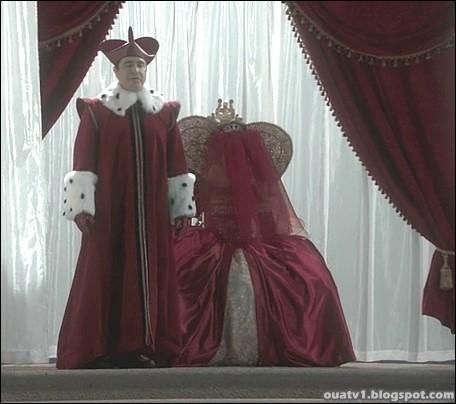 Pour parvenir à son but, Regina va trahir Jefferson et l'abandonner au Pays des Merveilles. Celui-ci sera contraint, pour pouvoir en partir, à... ?