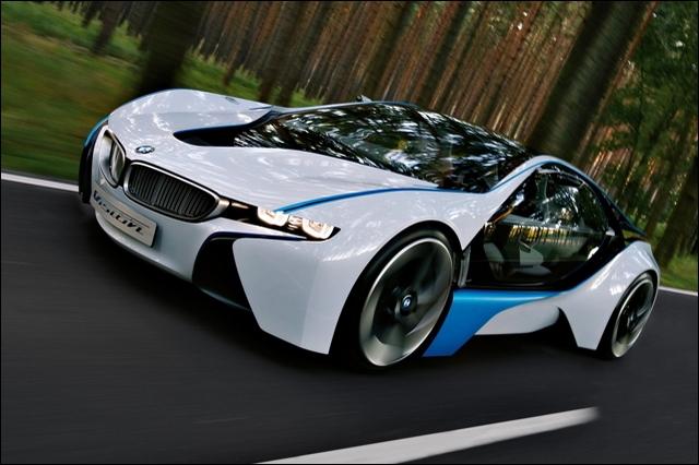 Cette voiture figure dans un film truffé de gadgets. Quel est-il ?