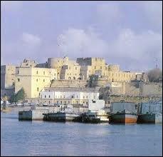Quizz l 39 italie une photo une ville 4 quiz villes - Port des pouilles ...