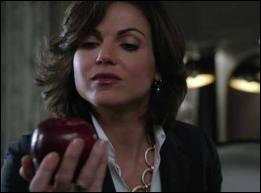 Quel est le numéro qui est sur la porte de Regina ?