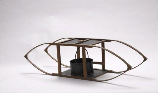 Quel nom porte cet appareil ressemblant à une luge, et qui servait à réchauffer le lit durant l'hiver ?
