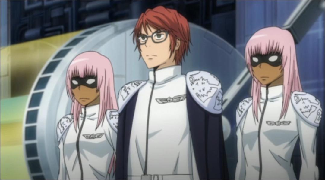 Qui sont les femmes aux cheveux roses accompagnant Irie ?