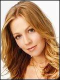 Qui interprète le rôle de Kelly Taylor ?