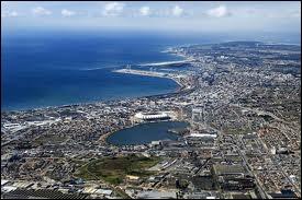 Où situez-vous Port Elizabeth ?