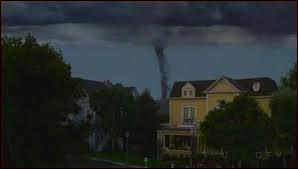 Quel habitant meurt dans la tornade ?