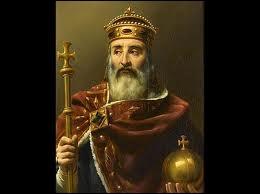 Charlemagne baptisa son épée de l'un de ces noms :