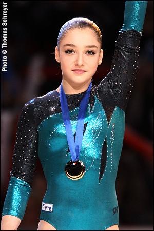 Aliya mustafina a gagne une medaille d'or au j. o 2012 mais a quel agres