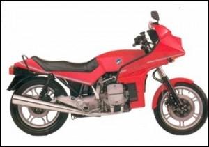 Quelle est la marque de cette moto qui a équipé les motards de la police française ?